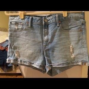 GAP Jean Shorts Size 31